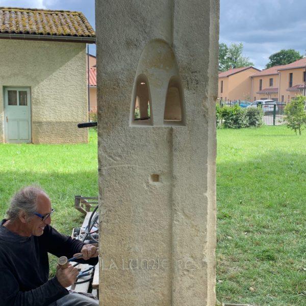 sculpture Au creux de l'ombre symposium Art-Fareins